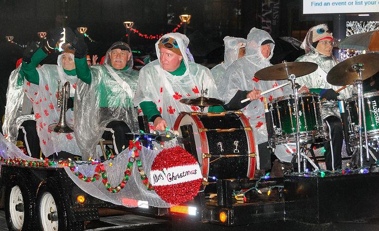 Optimists Alumni (Brampton Santa Parade, 2017)