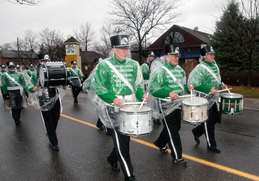 Optimists Alumni (Mississauga Santa parade, 2011)