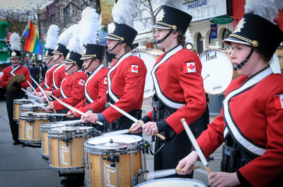 MM Robinson Drum Line (Oakville Santa Parade, 2014)