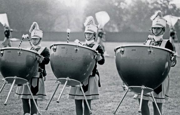 Les Marionnettes (1977)