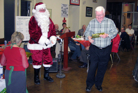 Jim Dwyer with Santa (2008)