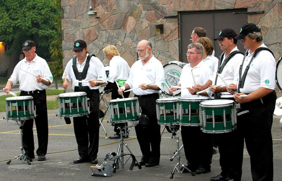 Drums Warming Up (Waterloo, 2006)