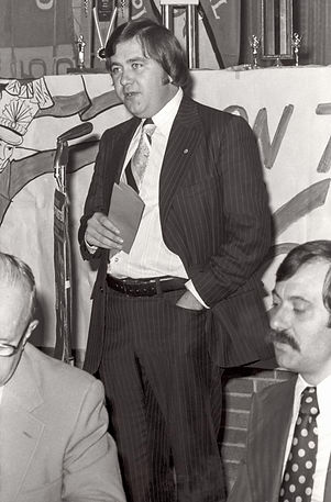 Doug MacKenzie & Joe Gianna (Awards Dinner, 1975)
