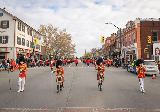 Burlington Teen Tour Band (Oakville Santa Parade, 2014)