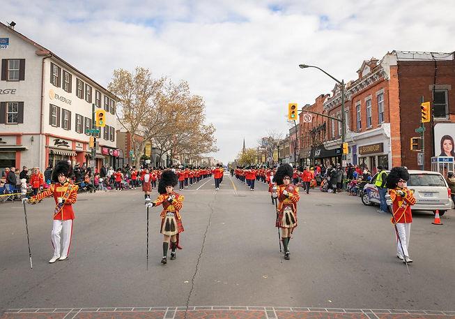 Burlington Teen Tour Band (Oakville Santa Parade, 2014)