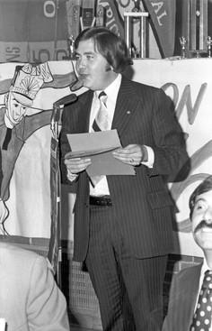 Doug MacKenzie (Awards Dinner, 1975)