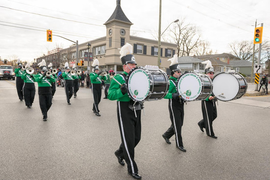 Optimists Alumni (Oakville Santa Parade, 2014)