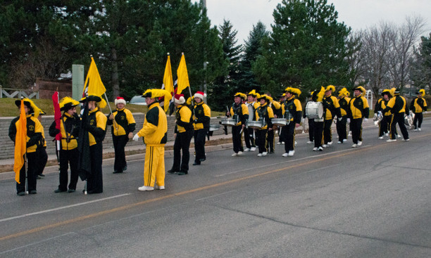 Kawartha Kavaliers (Uxbridge Santa parade, 2011)