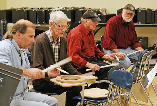 Optimists Alumni drummers practicing (2008)