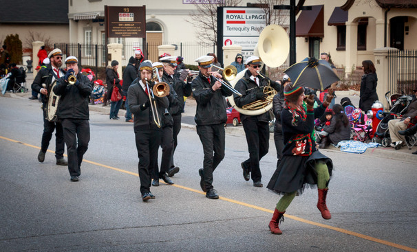 Magnolia Brass Band (Mississauga Santa Claus Parade, 2015)