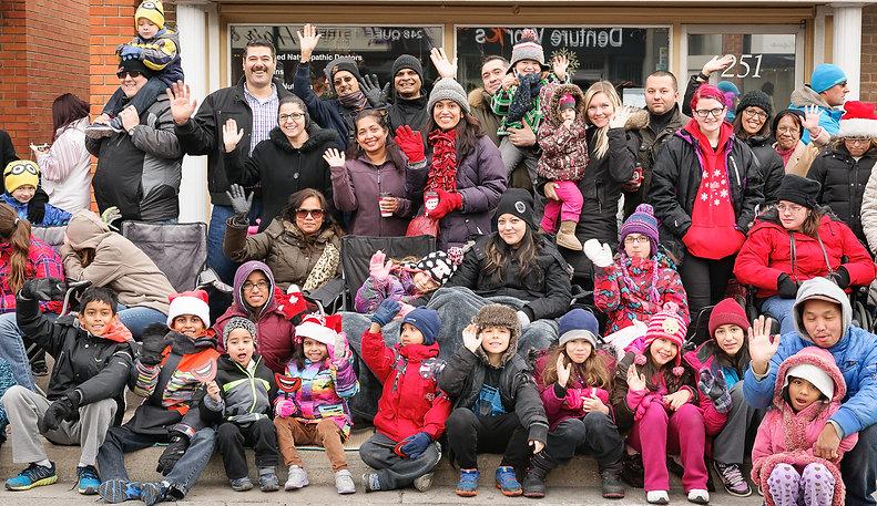 Spectators (Mississauga Santa Claus Parade, 2015)