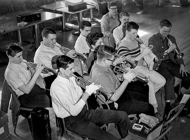 Toronto Optimists indoor practice (1964)