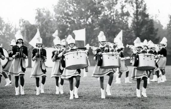 Marionnettes (1976)