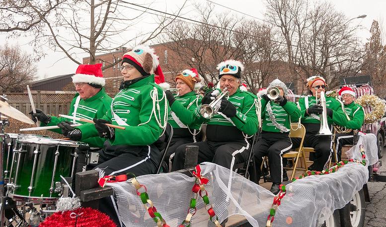 Optimists Alumni (Etobicoke Santa Parade, 2017)