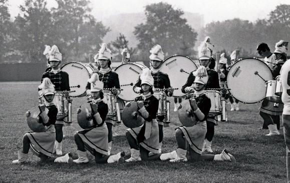 Les Marionnettes (1976)