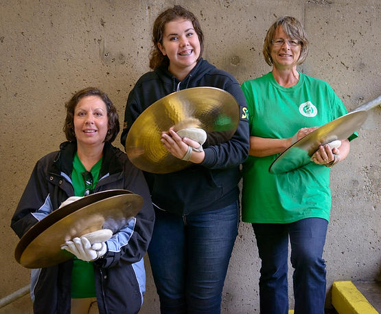 Marilyn, Courtney and Cheryl, Optimists Alumni Cymbals (Oshawa, 2014)