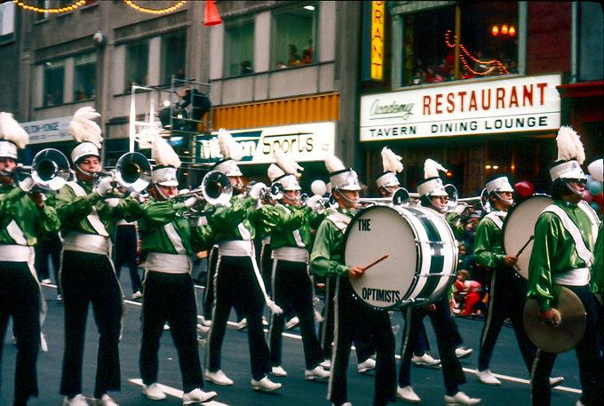 Toronto Optimists (Toronto Santa Claus Parade, 1971)