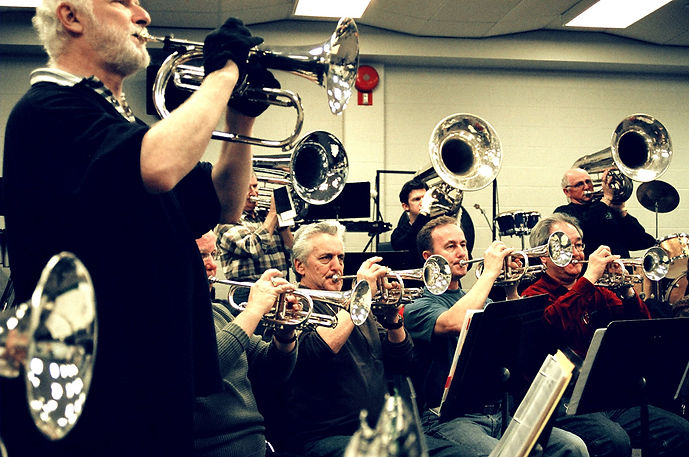 Optimists Alumni rehearsing at St Mikes (2007)