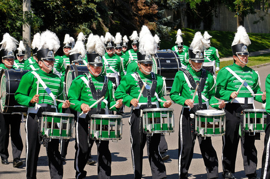 Marching to Cawthra Gardens to play for Wayne Dean (2008)