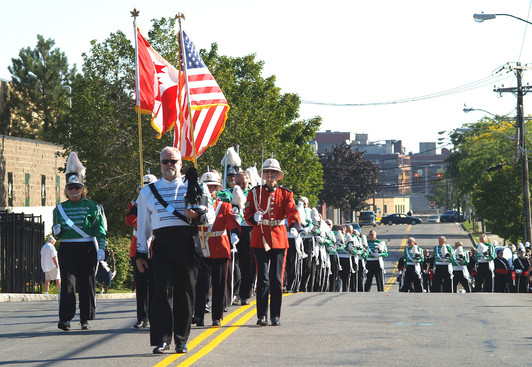 Optimists Alumni marching to the stadium (DCA, Rochester, 2008)