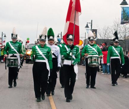 Optimists Alumni (Uxbridge Santa parade, 2011)
