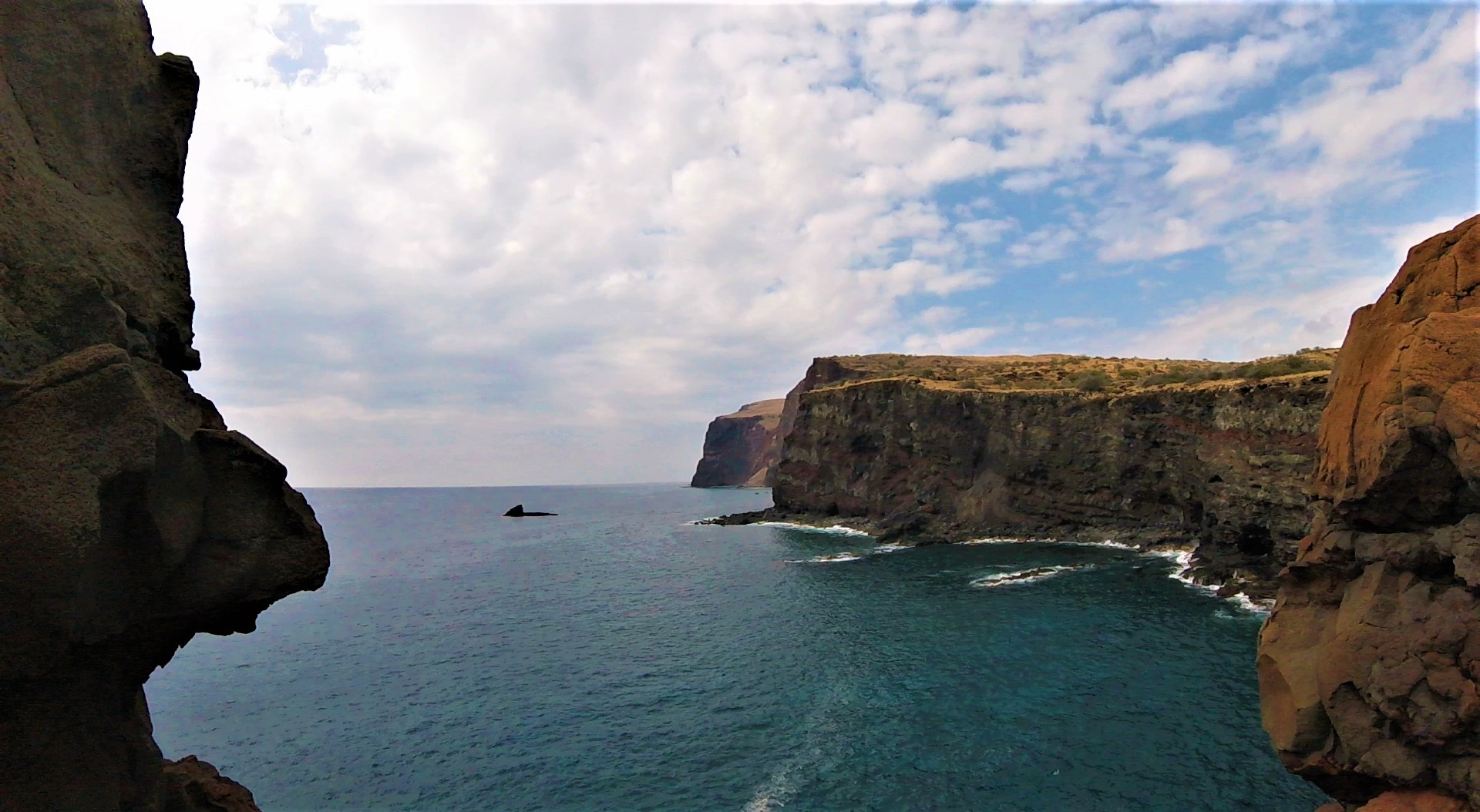 Lanai, Hawaii cliffs