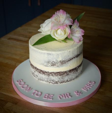 Mini Wedding Cake | Kingfisher Bakery, Wiltshire, UK