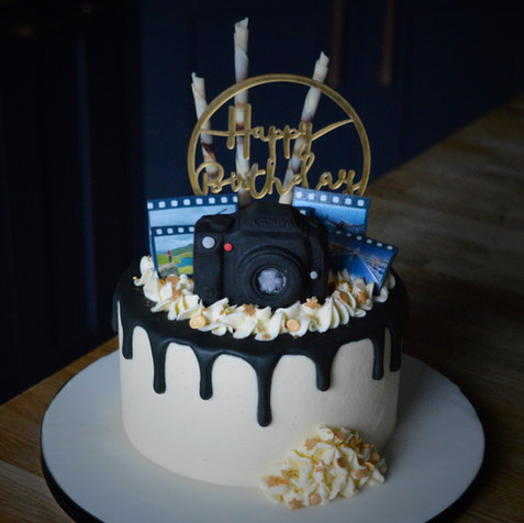 Mini Photography Themed Cake | Kingfisher Bakery, Wiltshire, UK