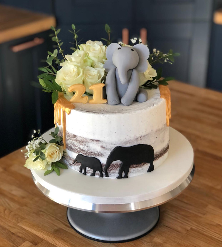 Elephant Birthday Cake | Kingfisher Bakery, Wiltshire, UK