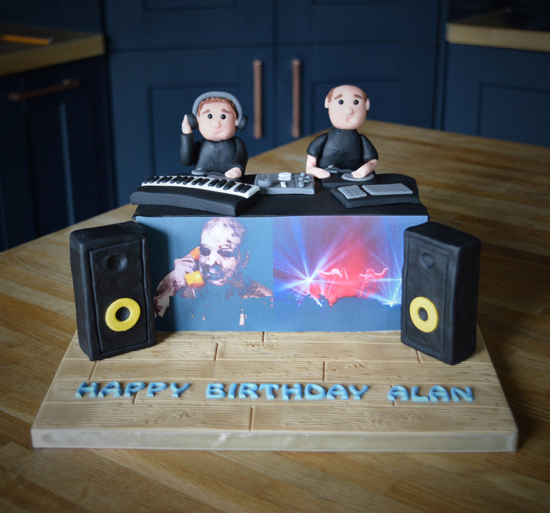 Chemical Brothers DJ Cake | Kingfisher Bakery, Wiltshire, UK