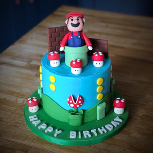 Vegan Super Mario Birthday Cake | Kingfisher Bakery, Wiltshire, UK