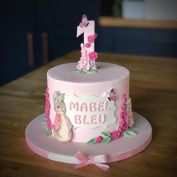 Flopsy Bunny Birthday Cake | Kingfisher Bakery, Wiltshire, UK