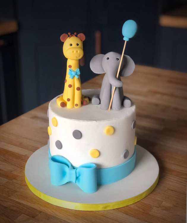 Elephant & Giraffe Baby Shower | Kingfisher Bakery, Wiltshire, UK