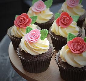 pinkredroses01.jpg