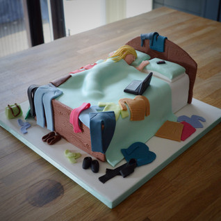 Messy Bed Birthday Cake | Kingfisher Bakery, Wiltshire, UK