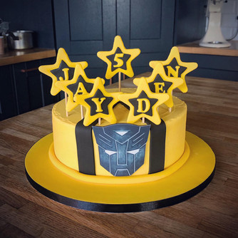 Simple Transformers Cake | Kingfisher Bakery, Wiltshire, UK