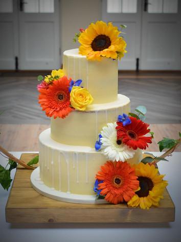 Semi-Iced Gerbera Wedding Cake | Kingfisher Bakery, Wiltshire, UK