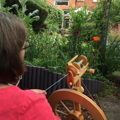 Lisa Pidgeon, spinning demo