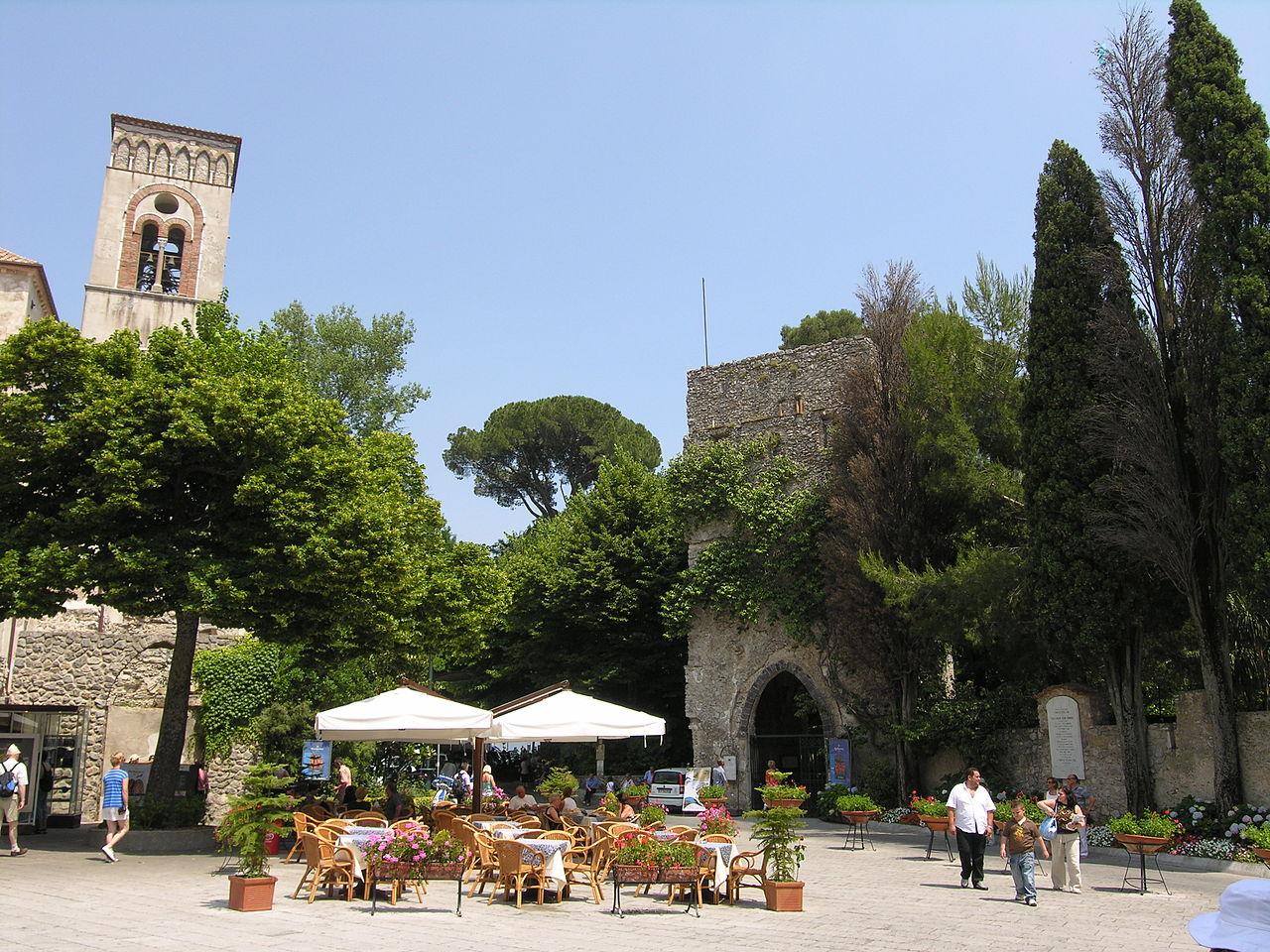 Ravello, Piazza Duomo and Villa Rufo