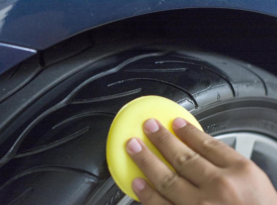 Tyre Shine 5.jpg