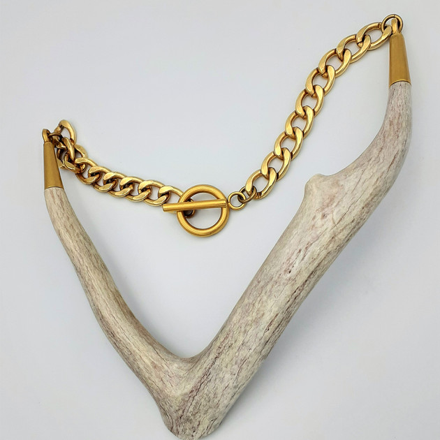 AXIS golden thick chain