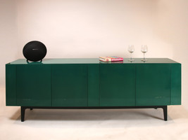 Tủ kệ Emerald Cabinet