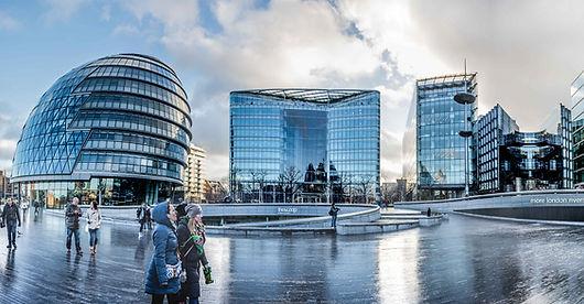 Panoramic view of More London (© DobingDesign)