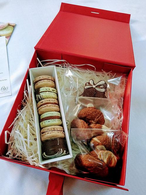 Christmas Gift Box - Medium