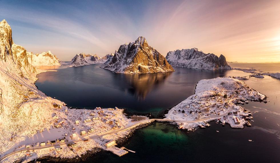 Reinefjord drone light.jpg