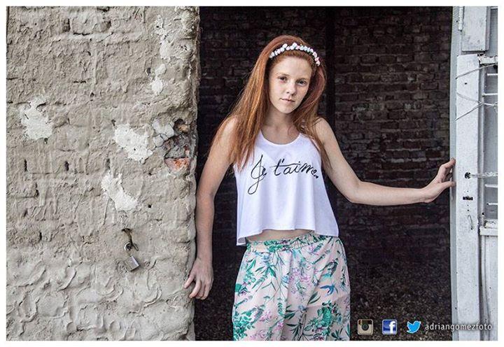 Facebook - Modelo: Flo Medina PH:  Adrián Gómez Estudio Fotográfico