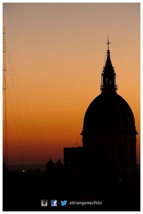 Facebook - ©Adrián Gómez  Serie: Paraná en Fotos - Cúpula de La Catedral   #Adri