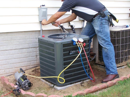 Should My Air Conditioner be Blowing Warm Air?