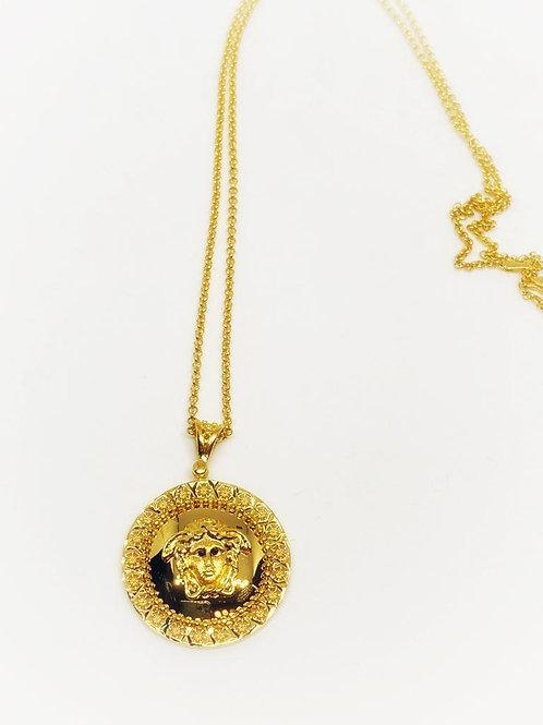 Medusa Kolye 22 Ayar Altın