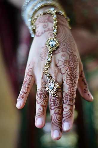 Bridal henna on the hand of a bride in Toronto, Ontario.